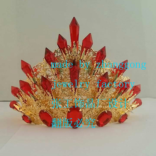 New design with crystal beauty tiara