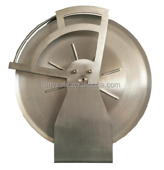 Retractable Grounding Reel for Floating Roof Storage Tanks