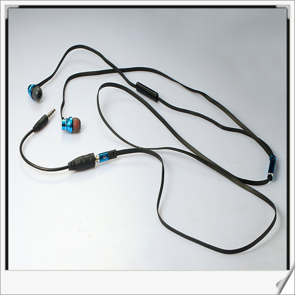Mobile Phone Use and In-Ear Earphone in-ear Style stereo headset