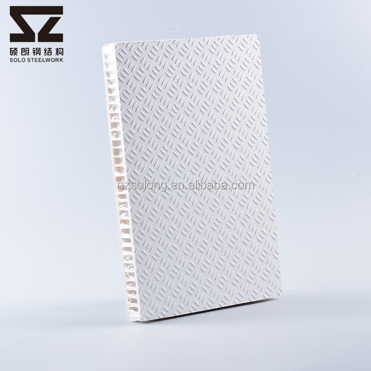Volume Production Steadiness GRP Industrial Laminate Anti Slip Flooring Sheets