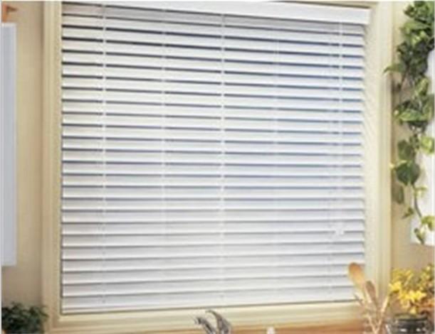 2 faux wood blinds white bali 1 cordless