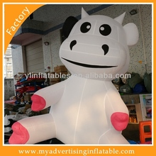 Popular Commercial Grade Vinyl Tarpaulin Inflatable Dairy Cow Model