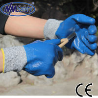NMSAFETY full nitrile coated anti light oil and cut resistant labor work gloves