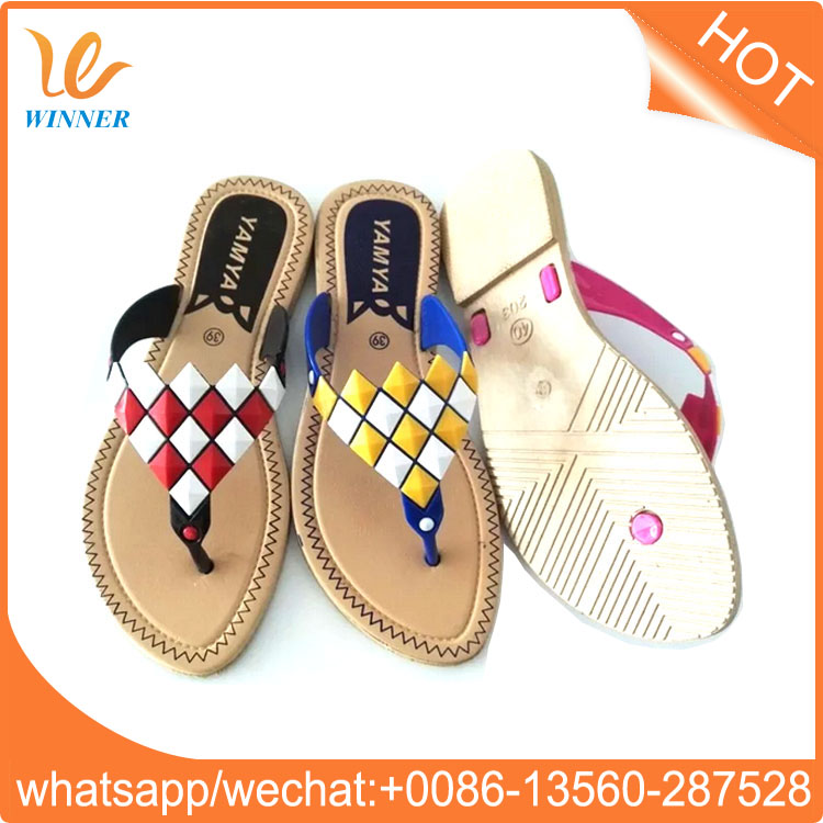 2017 wholesale high quality comfort casual beach flat woman PVC slipper w448