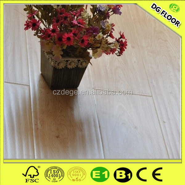 8mm/12mm handscraped system wood laminate flooring for houses