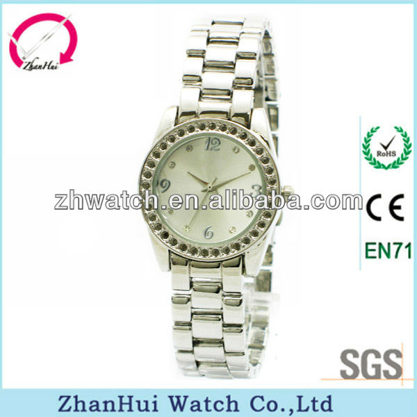 2013 most popular wholesale cheapest smart lady watch with crystals