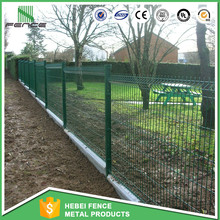 Powder coated green welded galvanized iron wire mesh fence for boundary wall