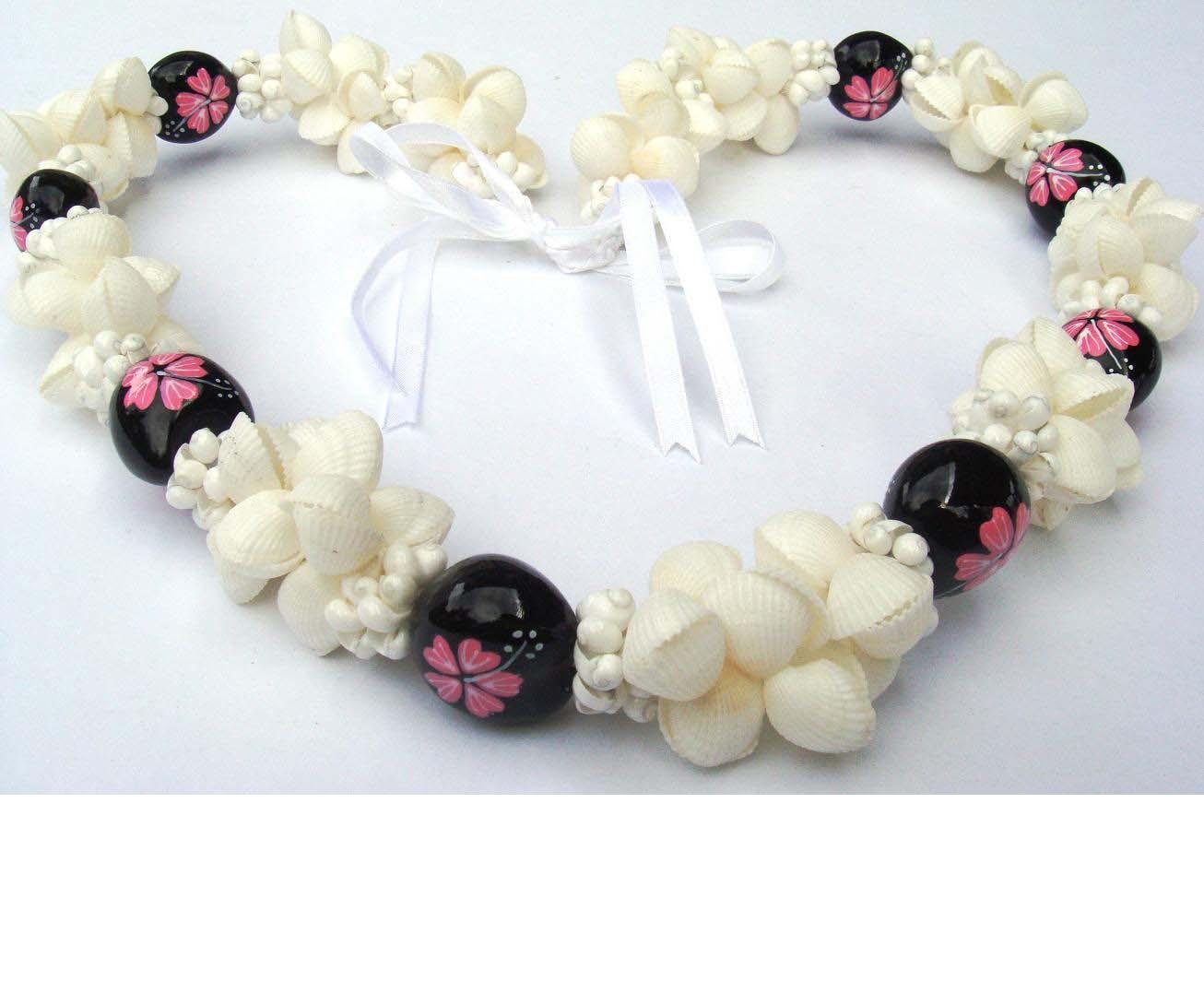 kukui nut and shell necklace