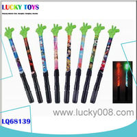 New wand toy cartoon flash stick with battery gift for kids wholesale made in Shantou electric toys