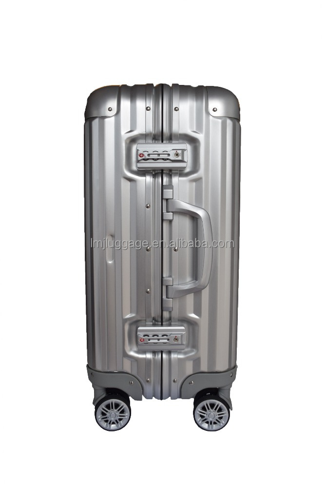 High quality and good price luggage cover on aluminum travel luggage bags Protective cover in alibaba wholesale