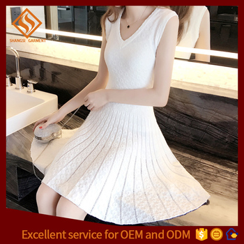 2017 spring latest design women plain v-neck knitted pattern sweater dress