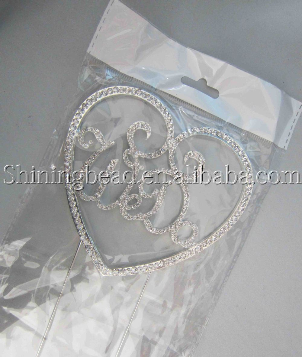 China Supplier Wedding Engagement Mr & Mrs Decorating Diamond Heart Cake Topper