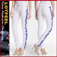 Vivid embroidery adds tropical Skinny Stretch Jeans (LOTX300)