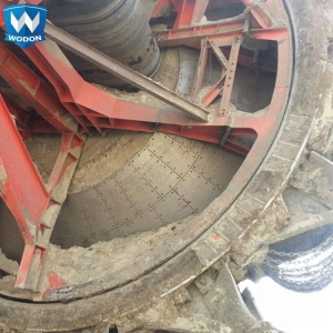 bucket excavators wear plate liners and cutting edges