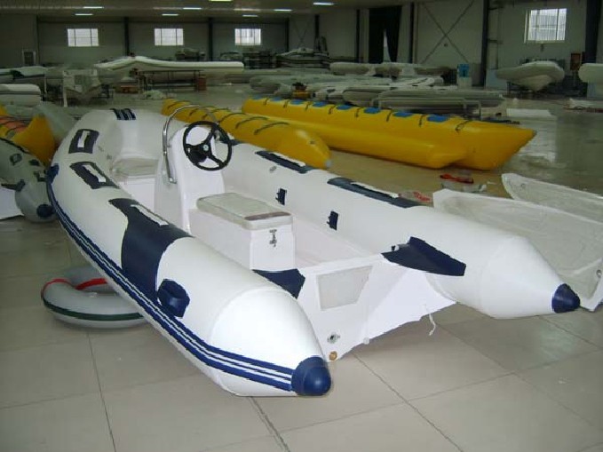 small fishing boat cheap drifting boat high quality inflatable boat with CE