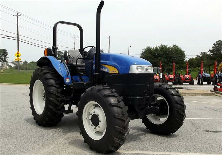 2011 NEW HOLLAND TS6020 4WD Tractor