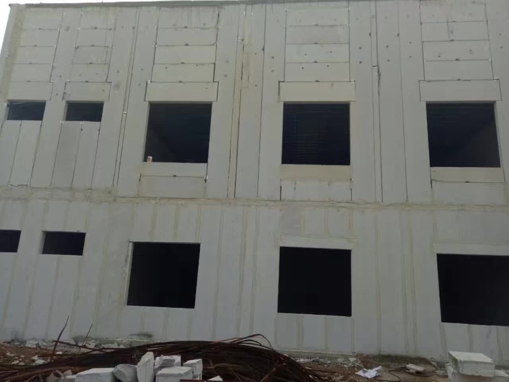 AAC (ALC) INTERIOR PARTITION PANELS (SHEETS) ON STEEL FRAME STRUCTURE