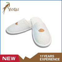 Top quality white waffle disposable hotel slipper spa slippers