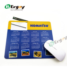 2018 New Arrival Multi Function Card Inserted Plastic Calendar Mouse Pad
