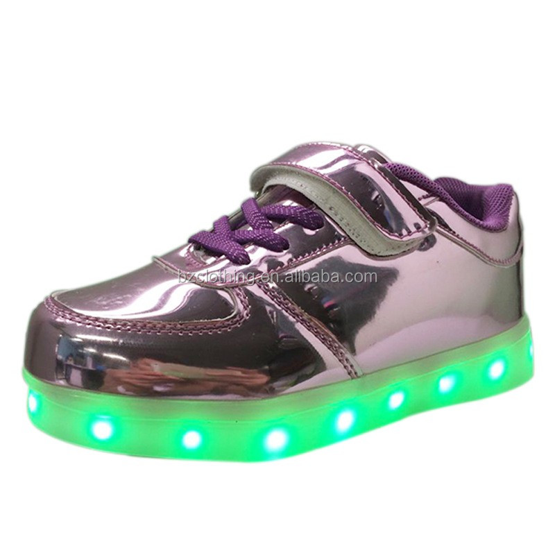 New Style Nice Look Wholesale Kids LED Shoes with LighSize 25-37