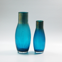 2016 New Arrival Wholesale Cheap Handblown Modern Art Blue glass vase With Stripe for Interior Decoration