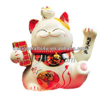 high quality waving ceramic lucky cat for office decoration and business gift