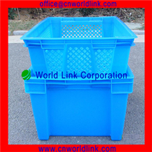 660 Stackable and Nestable Plastic Container 25 kg