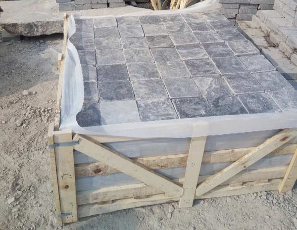 Hot selling tumbled 5cm thick blue limestone cladding paving with low price