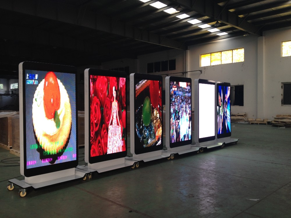 Customized Movable Iphone Shaped Led Display Screen Mobile