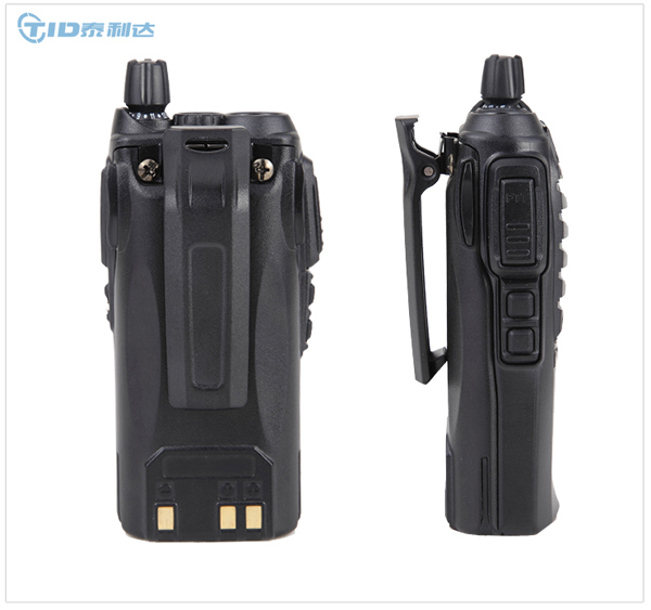 Td-v70 professional flashlight IP55 handheld wireless 5w walkie-talkie