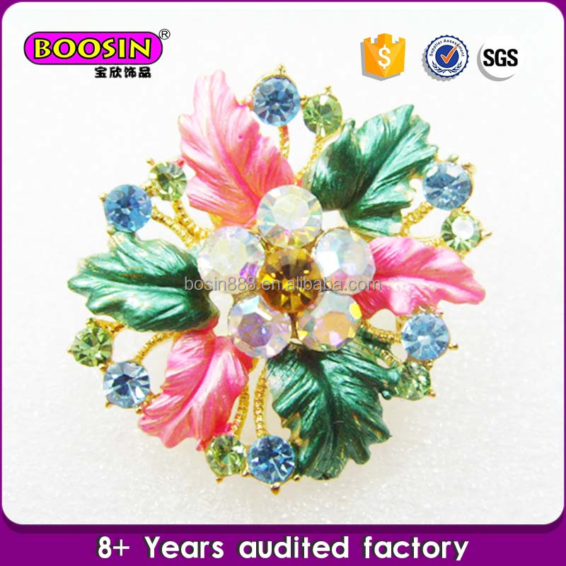 Custom China wholesale wedding flower cheap brooches in bulk