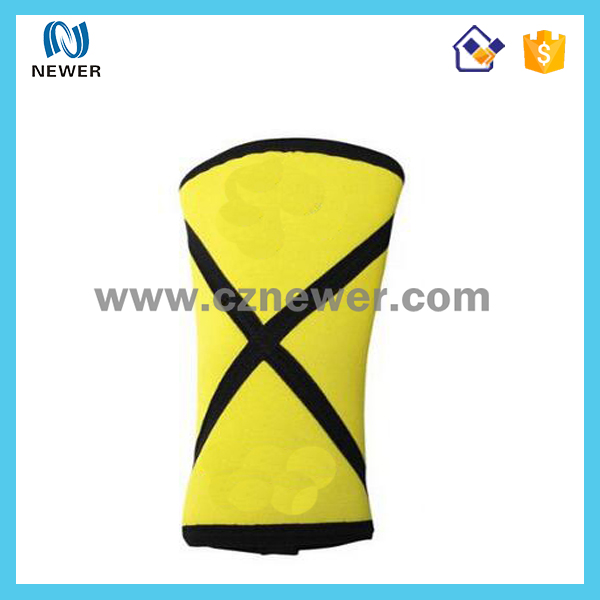 Updated popular adjustable trendy soft snowboard knee protector