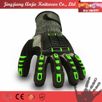 Anti-impact shock absorbing anti-knuckle protection mechanic gloves