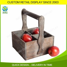 Do old wooden vegetable and fruit crate with handle