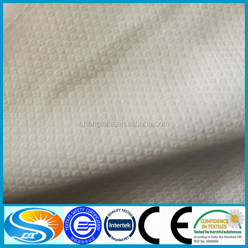 cotton muslim Muslin (/ ˈ m ʌ z l ɪ n / or / ˈ m juː s l ɪ n / [citation needed]), also mousseline, is a cotton fabric of plain weave [1] [2] it is made in a wide range of weights from delicate sheers to coarse sheeting.