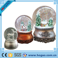 Hot Selling Decorative Resin Snow Globe