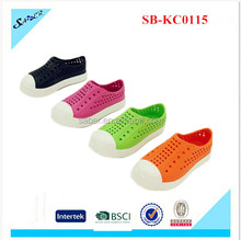 High quality hot selling soild color child crock shoes / eva injection shoes