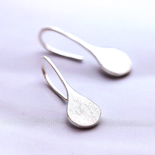 NO.0010 fashion earring, sold to Vietnam area & be authorized by Vietnam LUK FOOK Jewelry