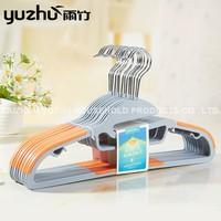 Unique Design Hot Sale Supplier Plastic Clothes Hangers Coat Hangers