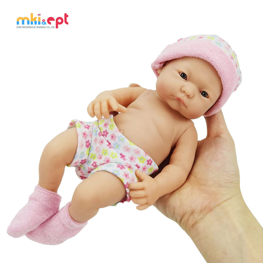Free sample PVC <strong>material</strong> life-like cute silicone 9.5inch reborn baby doll for sale