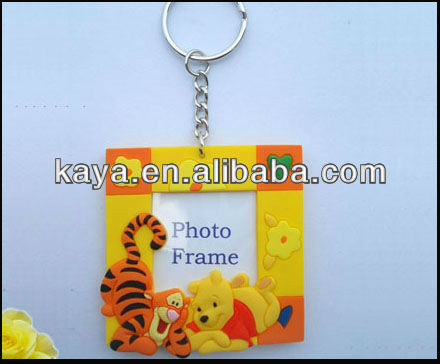 Eco-friendly 3D cartoon photo frame soft pvc keyring for rubber children's gifts