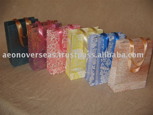 Eco Friendly hand Paper Gift Bags