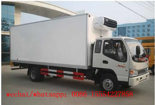 JAC refrigerated truck with carrier transicold freezer unit or thermo king unit