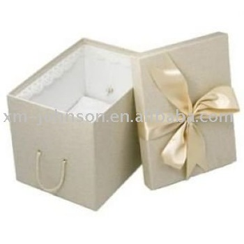 Wedding dress packing box weeding paper gift box weeding for Acid free cardboard box for wedding dress