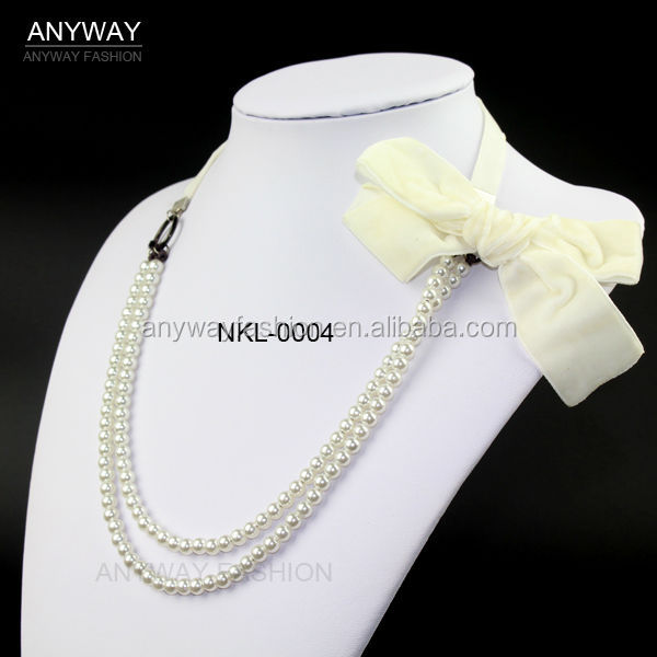 Bow flower decorated pearl necklace strands wholesale