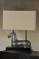 2016 unique design high quality lifelike black horse resin desk lamp with beige linen reclangue shade for five star inn decor