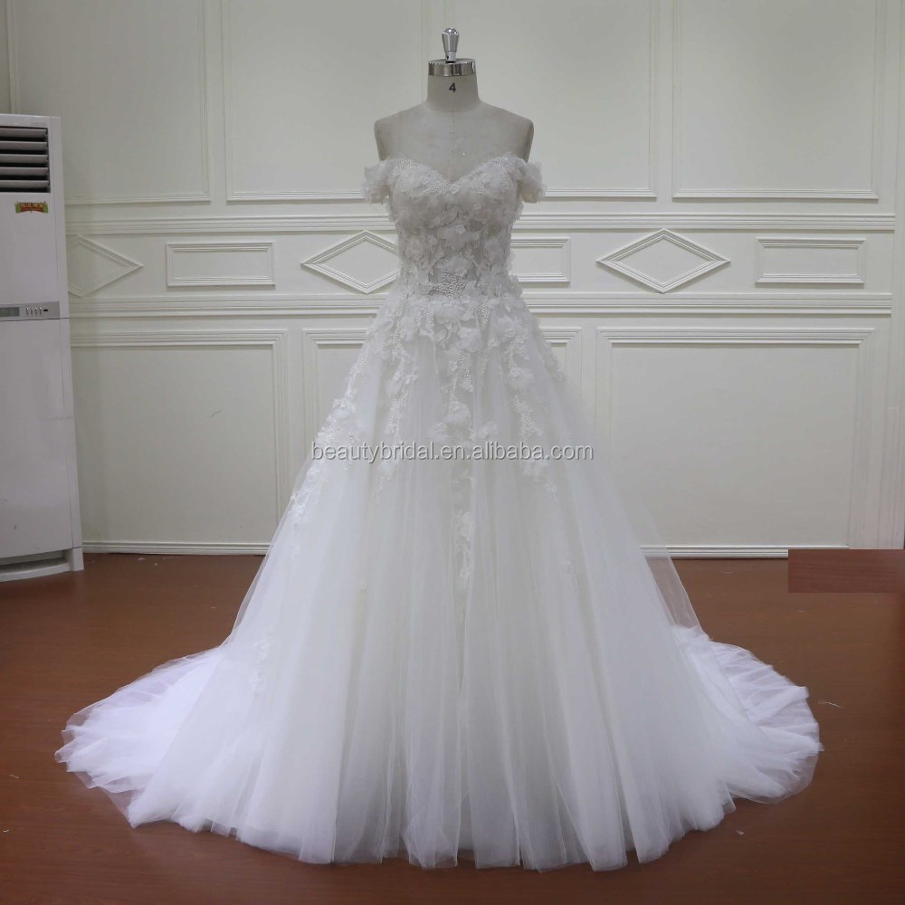 Custom short sleeve ivory embroidered 3D flower tulle latest wedding gown designs