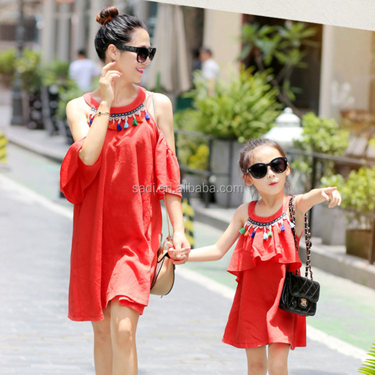 Fashion red sleeveless with colorful fringed mommy and baby dresses