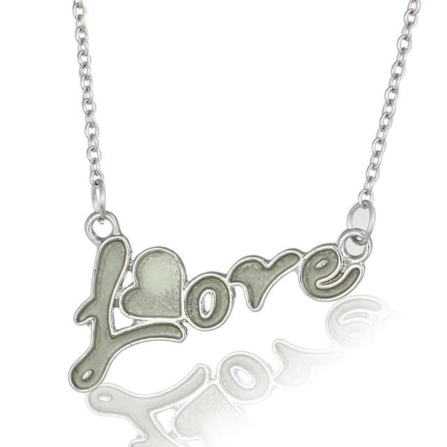 Hot selling Women jewelry luminous Love style glowing heart necklace