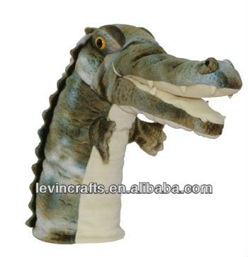 LE-A130325020 green stuffed hand alligator puppet toys